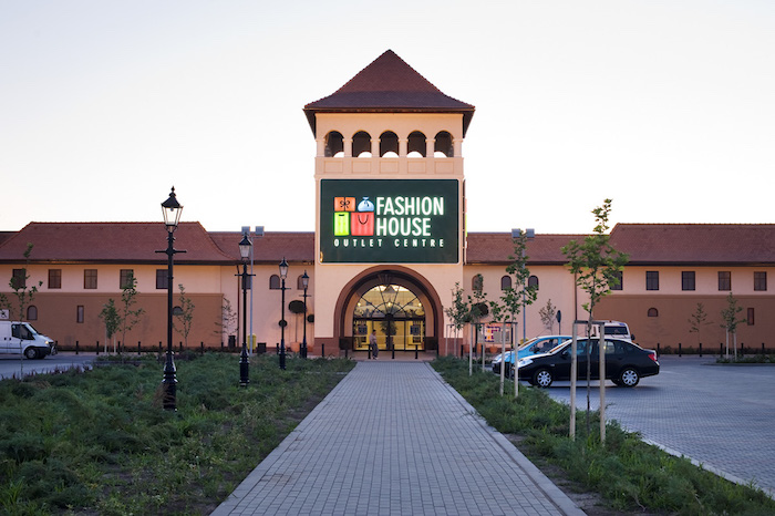 FASHION HOUSE Outlet Centre Bucharest