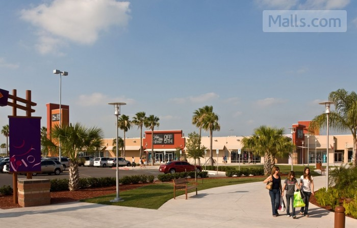 Rio Grande Valley Premium Outlets photo №3