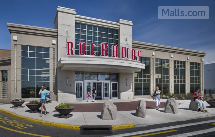 Rockaway Townsquare photo №2