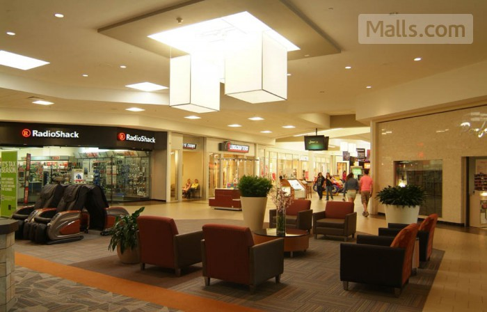 Apple Blossom Mall photo №2