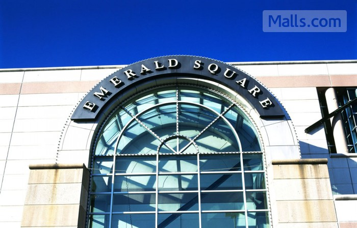 Emerald Square photo