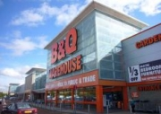 Kingfisher to close about 60 B&Q stores