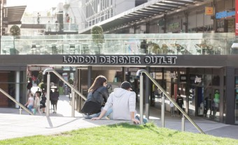 London Designer Outlet Bucks National Casual Dining Trend