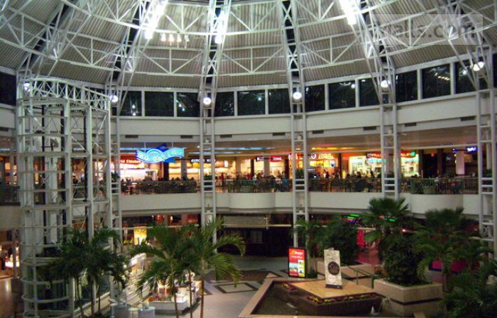 Vista Ridge Mall photo №1