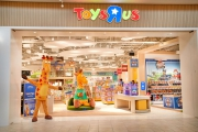 Toys R Us Re-launches Stores After Bankruptcy