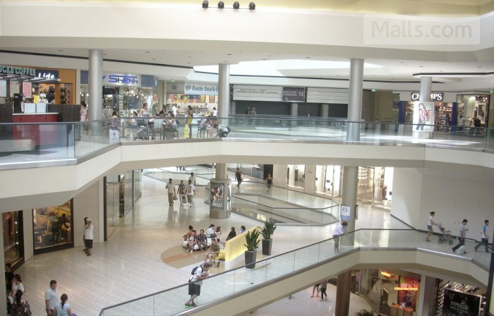 Beverly Center photo №1