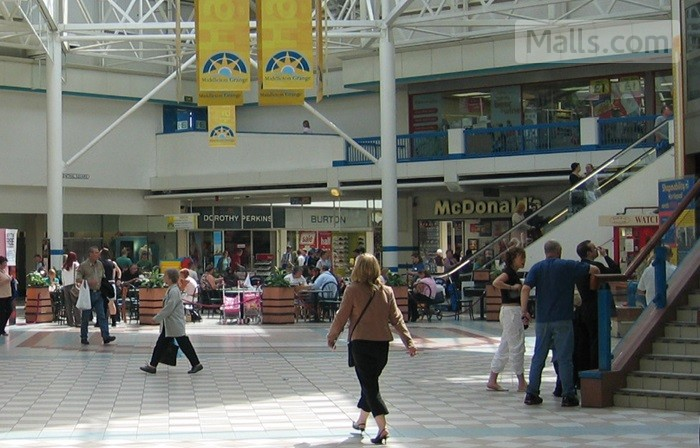 Middleton Grange Shopping Centre photo №1