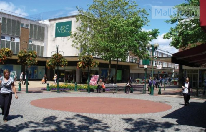Mell Square Shopping Centre photo №1