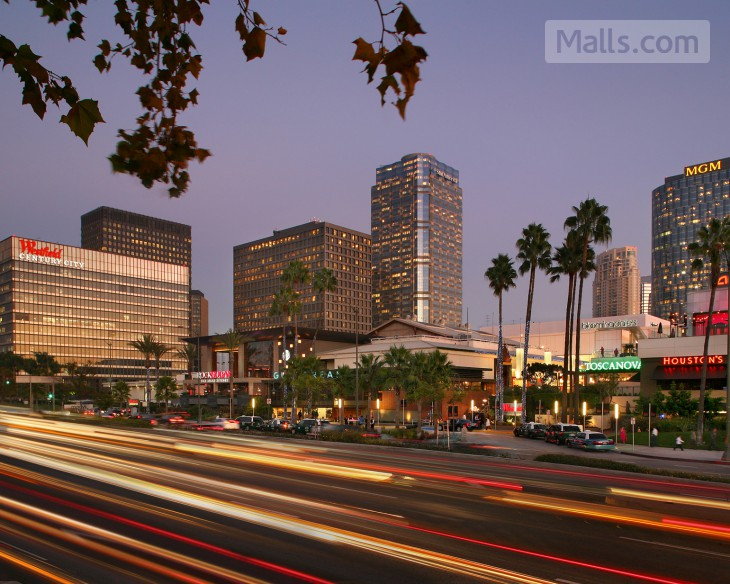 Westfield Century City To Unveil New Open Air Plaza