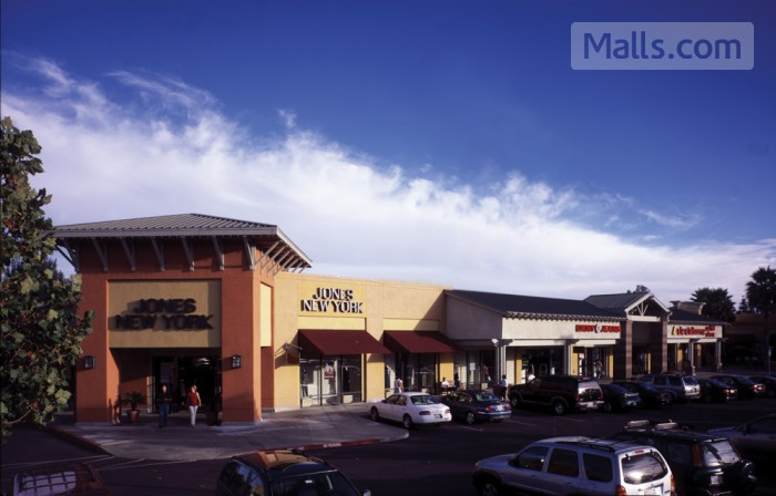 Napa Premium Outlets photo №2