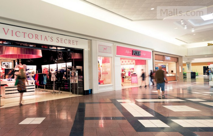 Merritt Square Mall photo №1