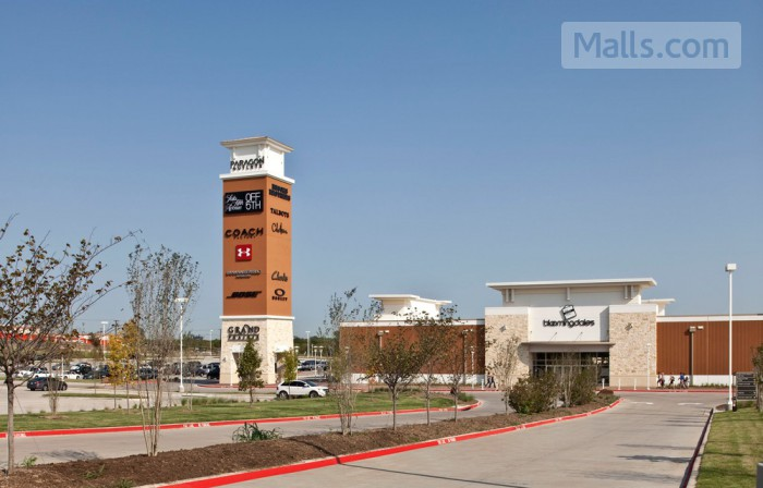 Grand Prairie Premium Outlets photo №3