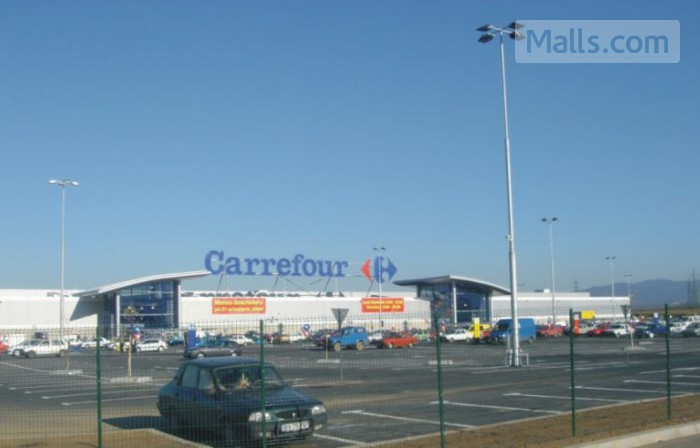 Carrefour Brasov photo