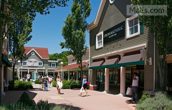 Clinton Crossing Premium Outlets photo №1