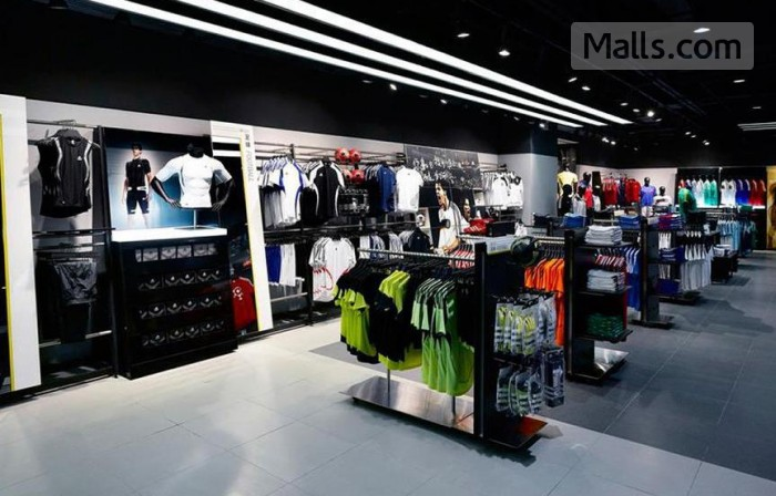 adidas america outlet stores