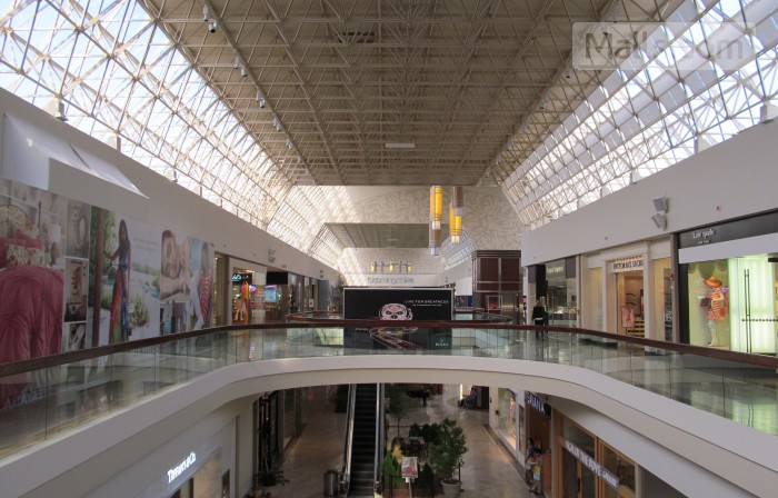 Mall at Chestnut Hill photo №2