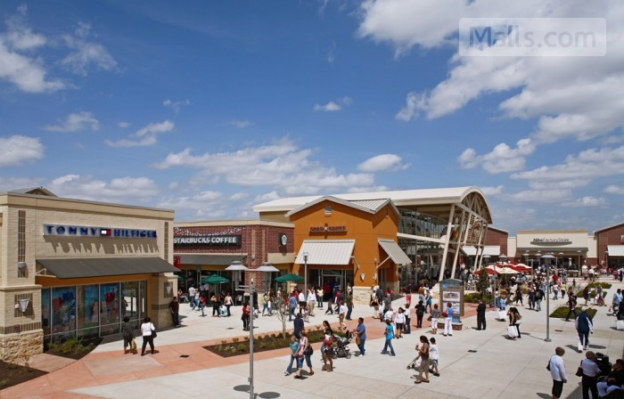 Houston Premium Outlets photo №4