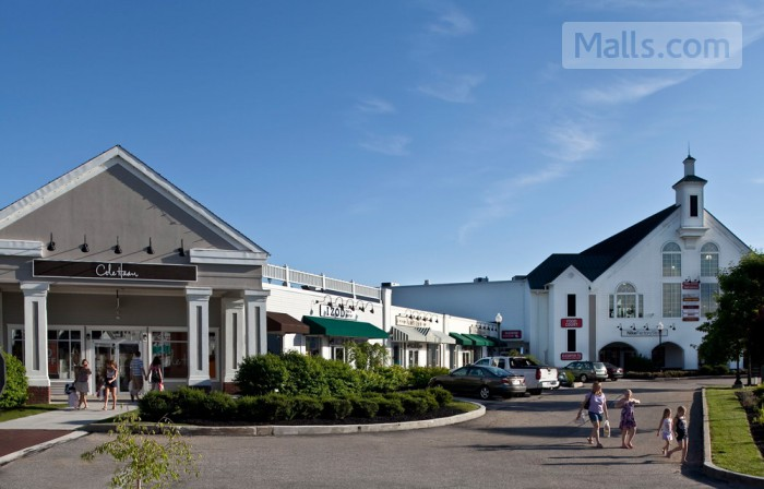 Lee Premium Outlets photo