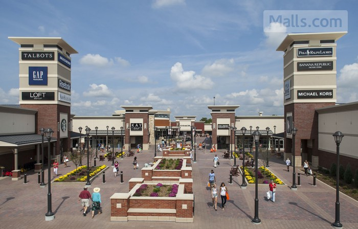 Twin Cities Premium Outlets photo