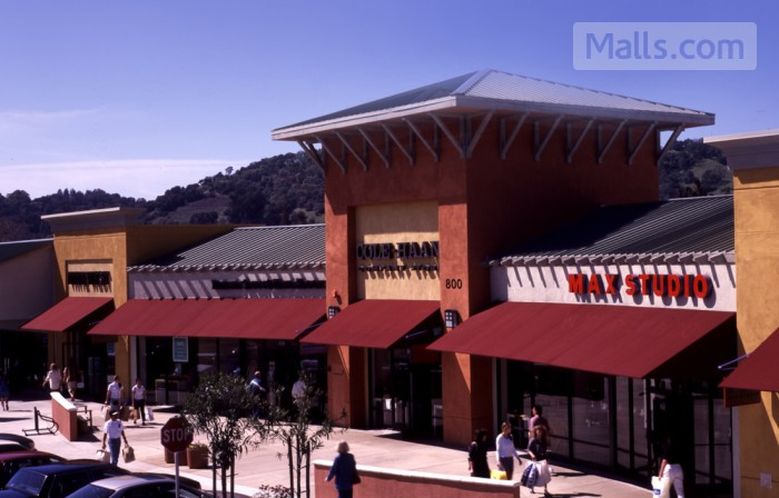 Napa Premium Outlets photo №1