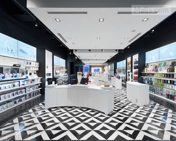 iStore opens new locations in Toronto and Edmonton shopping centers