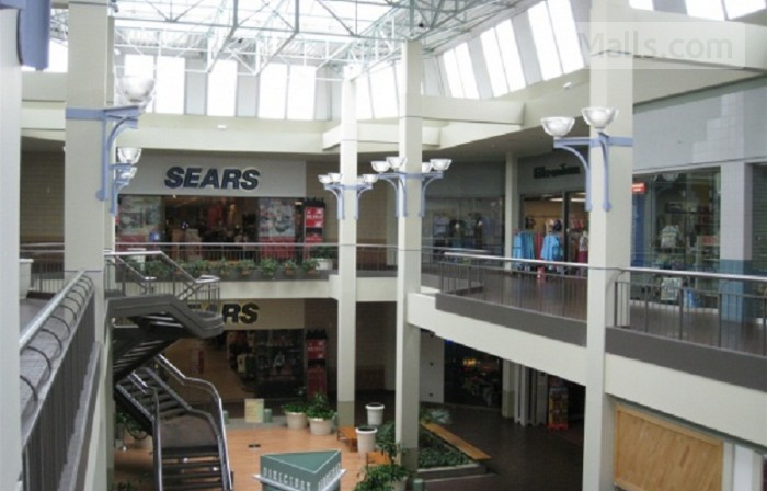 Burlington Mall photo №4