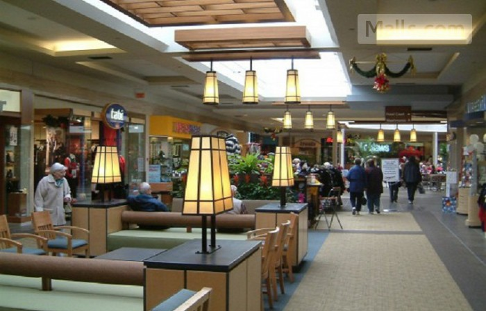 Carlingwood Mall photo №2