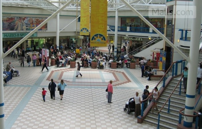 Middleton Grange Shopping Centre photo