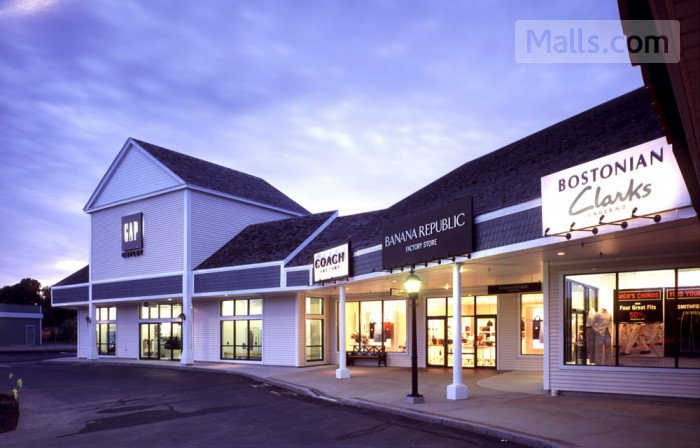 Kittery Premium Outlets photo