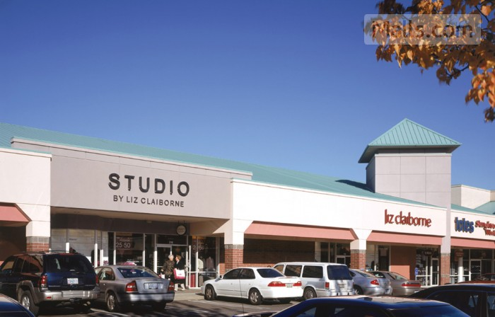 Columbia Gorge Premium Outlets photo №4