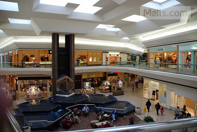 Fair Oaks Mall photo №3