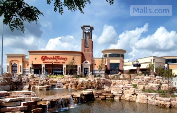 Jordan Creek Town Center photo