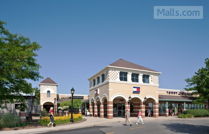 Grove City Premium Outlets photo №4