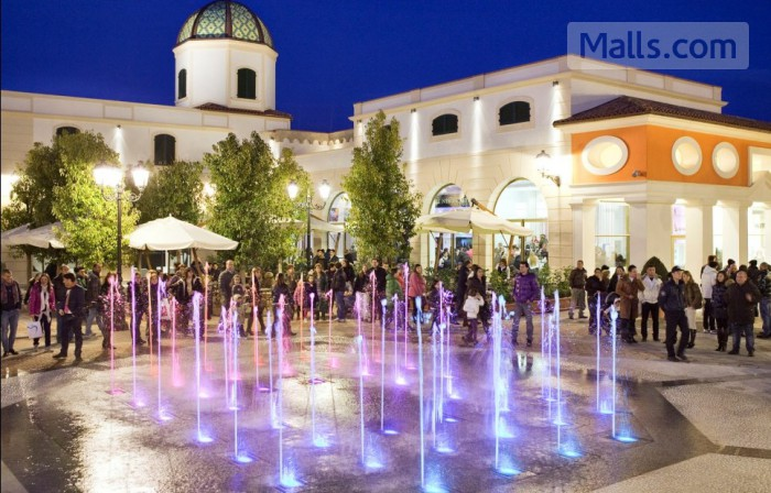 La Reggia Designer Outlet photo №2
