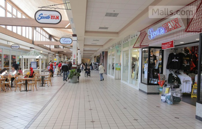 Coddingtown Mall photo №2
