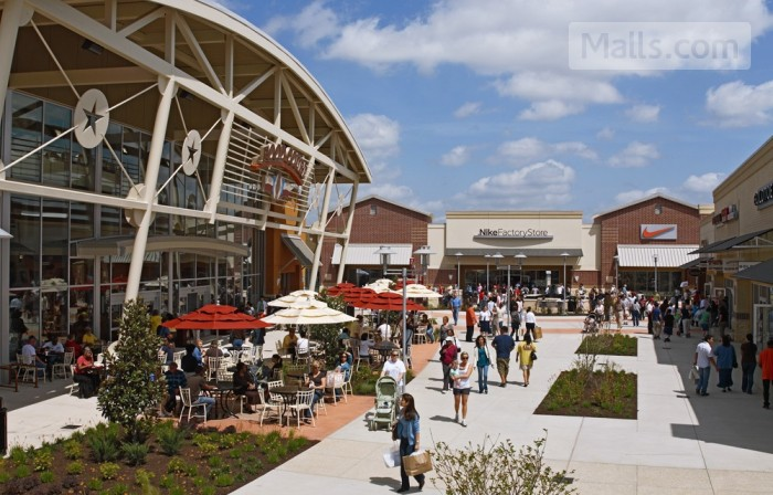 Houston Premium Outlets photo №3