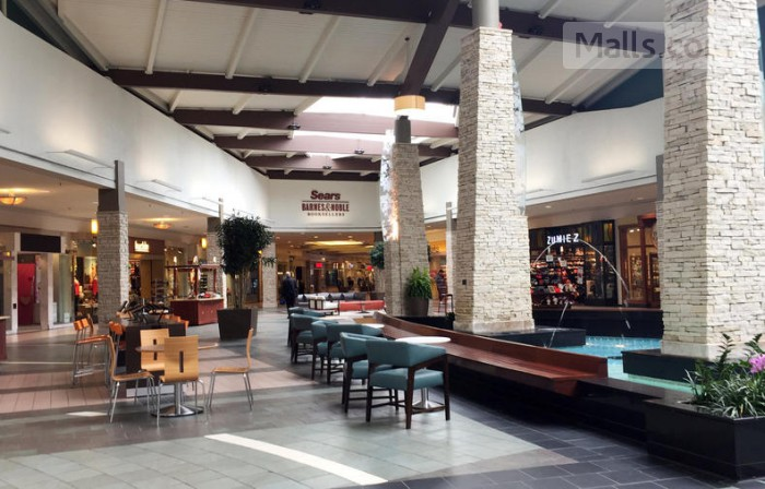 Spring Hill Mall photo