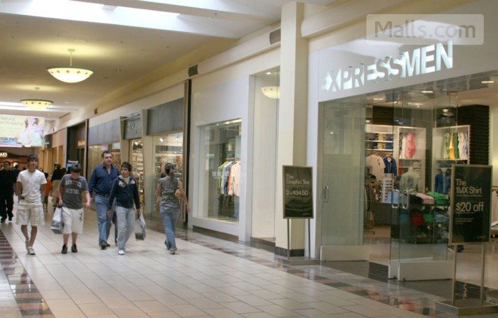 La Plaza Mall photo №1