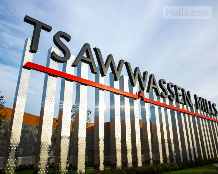 Tsawwassen Mills Officially Opens to the Public