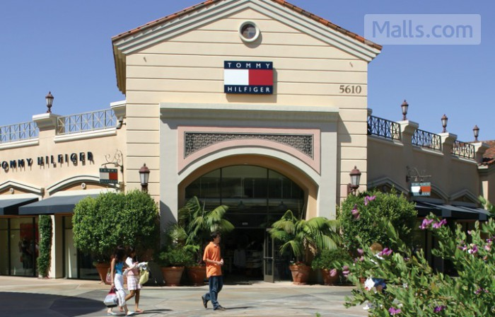 Carlsbad Premium Outlets photo №1