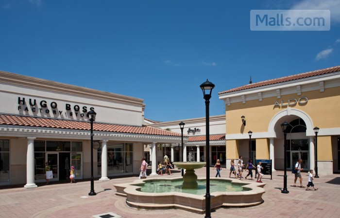 Orlando Premium Outlets - International Dr photo №4