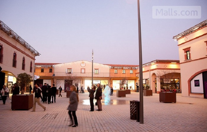 Nailloux Outlet Village photo №1