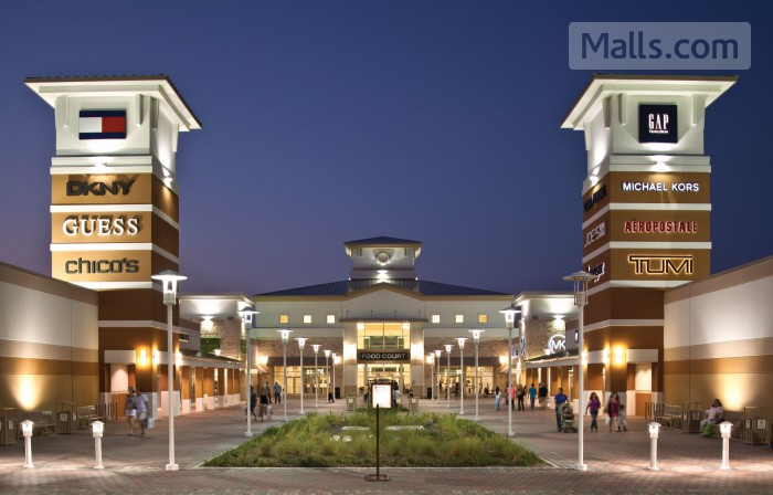 Grand Prairie Premium Outlets photo