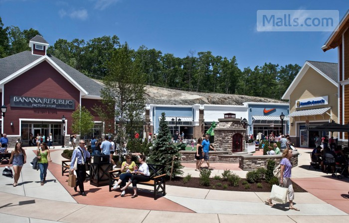 Merrimack Premium Outlets photo №2