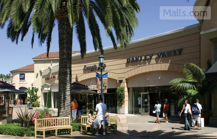 Carlsbad Premium Outlets photo