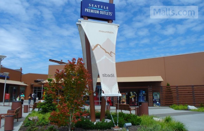 Seattle Premium Outlets photo