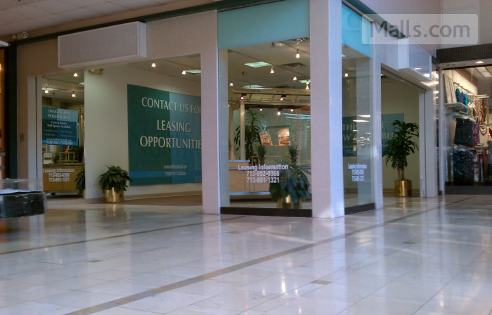 Northwest Mall photo №1