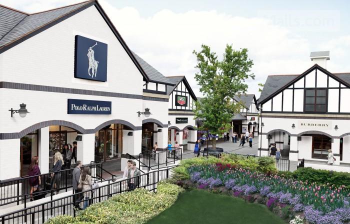 Cheshire Oaks Designer Outlet photo
