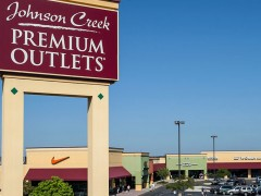 Johnson Creek Premium Outlets