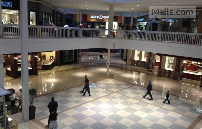 Collin Creek Mall photo №1